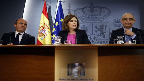 Ministros españoles presentaron el plan en La Moncloa. (Reuters)