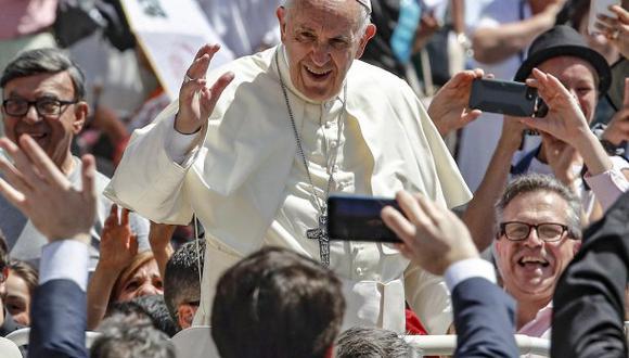 """Francisco dio mensaje al recibir a los participantes en la conferencia internacional convocada en ocasión del tercer aniversario de su encíclica sobre la protección del Planeta """"Laudato si"""". (Foto: EFE)"""