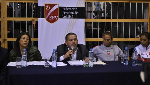 Linares estuvo acompañado de Málaga en conferencia de prensa. (FPV)