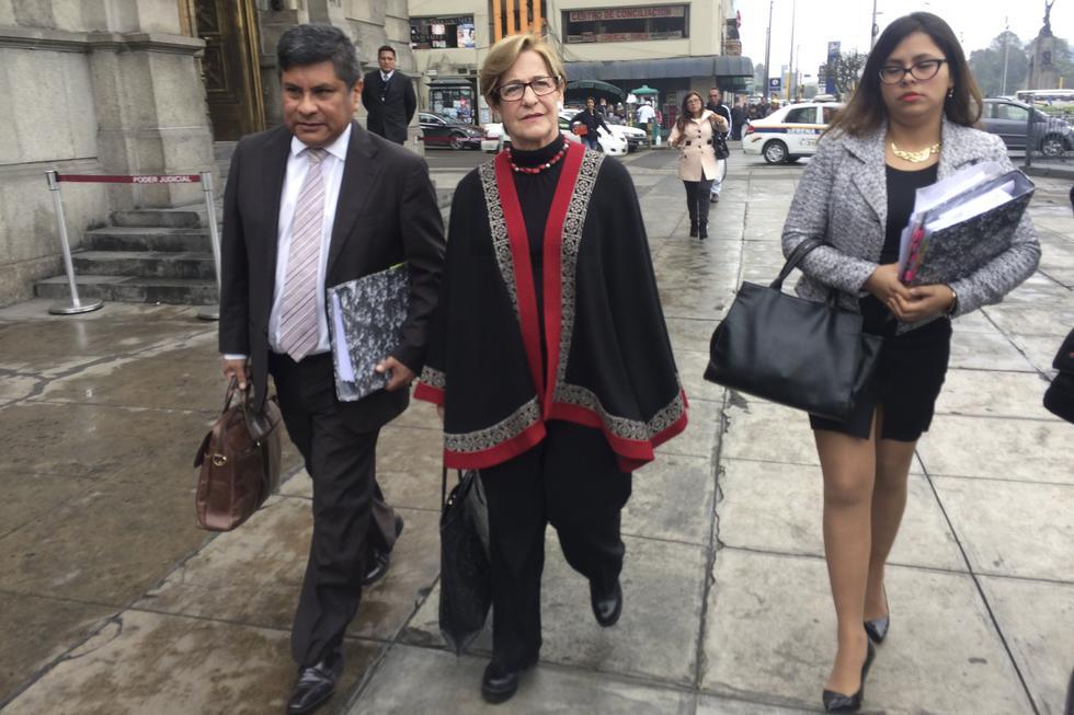 LE TOCA HABLAR. Ex alcaldesa de Lima solicitó aportes para salvarse de la revocatoria, según contó el propio Barata. (Renzo Salazar/GEC)