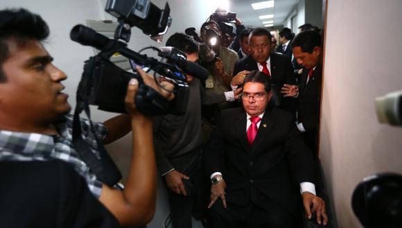 DE SALIDA. Urtecho podrá asumir su defensa ante el Pleno. (Rafael Cornejo)