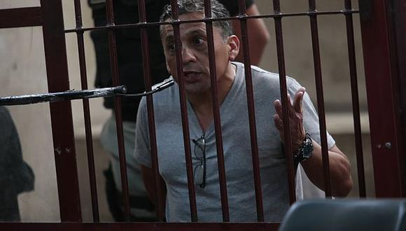 Seguirá tras las rejas.  Antauro cumple condena de 19 años de prisión. (USI)