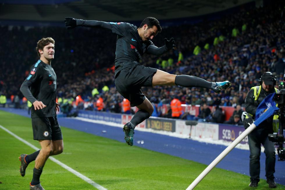 Chelsea afronta los cuertos de final de la FA Cup tras derrotar 4-0 al Hull City en la quinta ronda, que superó Leicester luego de vencer por la mínima diferencia (1-0) al Shefield United. (REUTERS)