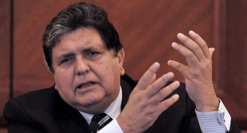 14. El 31 de abril de 2017, la Fiscalía dispone investigarlo por presunto tráfico de influencias por los sobornos de Odebrecht para la adjudicación de los tramos 1 y 2 de la Línea 1 del Metro de Lima. (Foto: AFP)