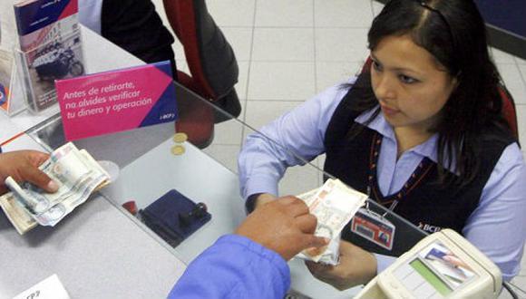 Las entidades bancarias ya han reprogramado más del 50% las deudas de sus clientes, según la SBS. (Foto: GEC)