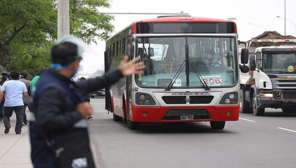 Ejecutivo prorrogó por 20 días calendario el subsidio económico a los prestadores del servicio de transporte regular de personas en el ámbito provincial y que incluye a los Corredores Complementarios que prestan servicio en Lima. (Foto: Eduardo Cavero)