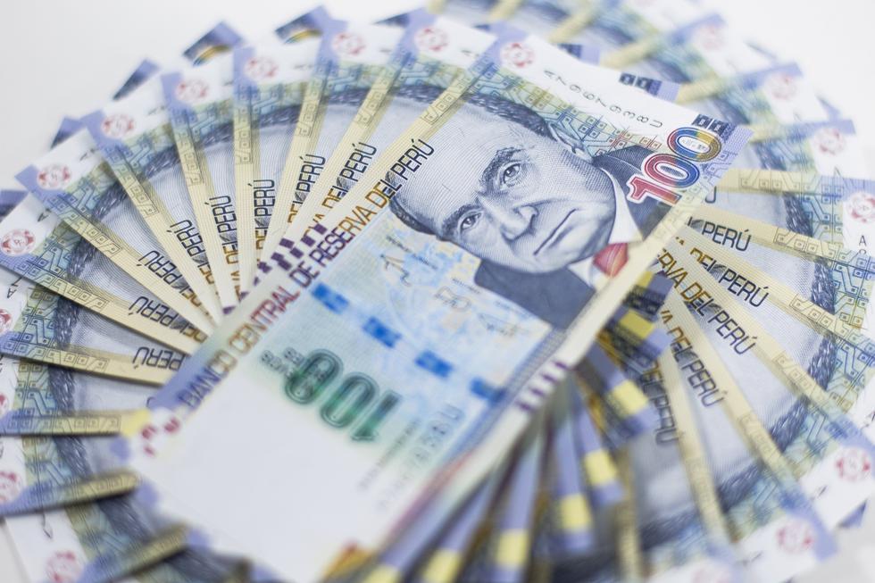 Las entidades financieras están obligadas a retener sin canje los billetes enteros que reciban en sus operaciones diarias en ventanilla. (Foto: GEC)