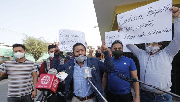 Familiares y amigos del músico Erickson García exigen justicia. (GEC)