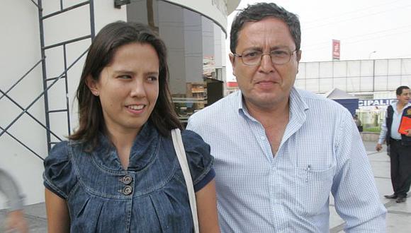 Eduardo Ponce dijo que su hija Rosario se encuentra más tranquila tras decisión de fiscal. (USI)