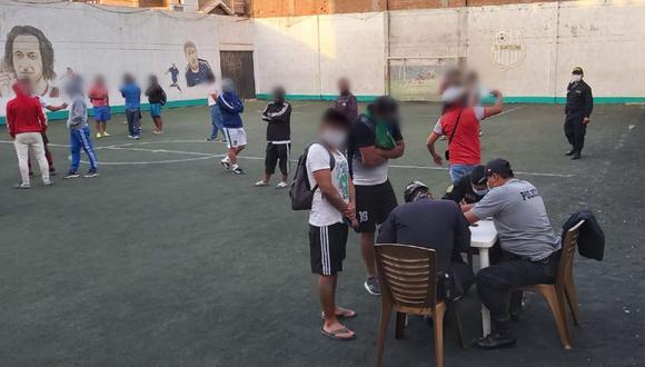 Chiclayo: encuentran a más de 60 personas esperando turno para hacer deporte.