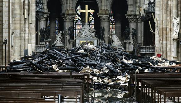 Vista interior de la Catedral de Notre Dame tras el incendio que destruyó dos terceras partes del edificio. (Foto: AFP)
