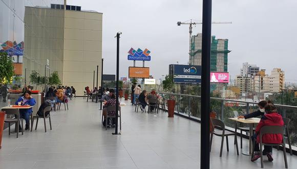 La Plaza de Comidas es parte de la última ampliación que se ha realizado junto a la avenida Riva Agüero.