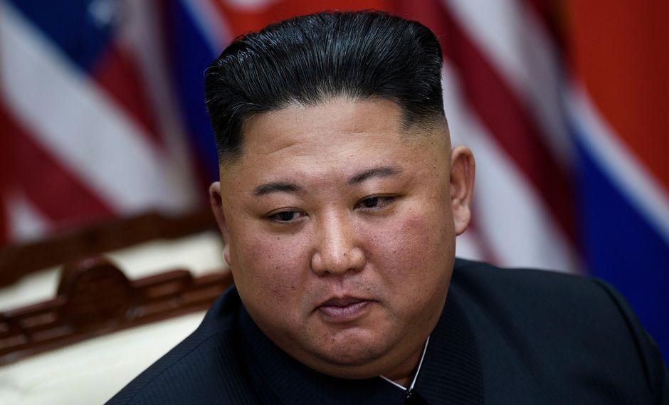 """Kim aprovechó la oportunidad para impulsar a los dos aspirantes a """"convertirse en fieles siervos del pueblo"""". (Foto: AFP)"""