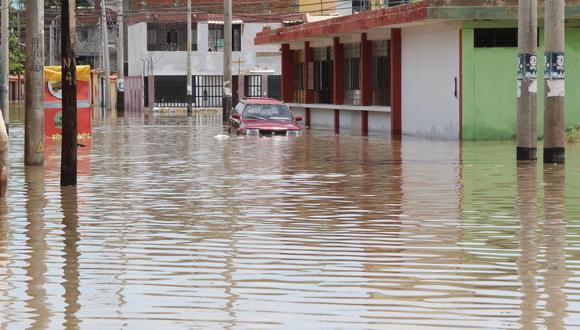 A prevenir. Fenómeno dejó calles inundadas el año pasado.