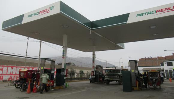 Repsol y Petroperú deben corregir y actualizar sus precios, señaló el organismo. (Foto: GEC)
