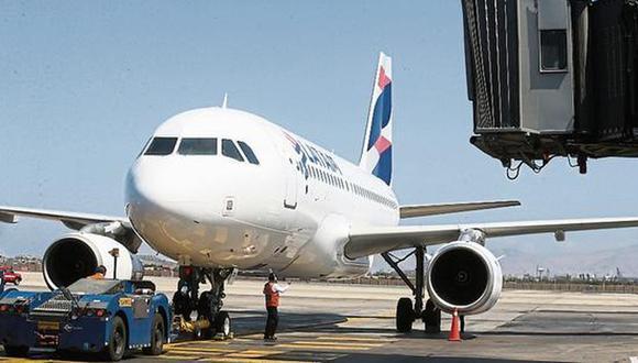 Medida será analizada mañana en el consejo de ministros, anunció el presidente Vizcarra. Las empresas de transporte aéreo confían en que el Ejecutivo autorice estos nuevos destinos. | GEC