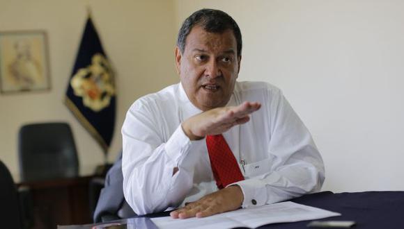 Nieto espera que la ministra Martens salga bien librada de la interpelación en el Congreso.