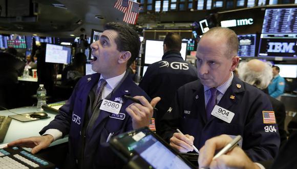 Wall Street cerró este martes con los siguientes indicadores:Dow Jones de Industriales retrocedió un ligero 0.05 %. S&P 500 descendió un 0.11 %. Nasdaq perdió un 0.02 %.(Foto: AP)