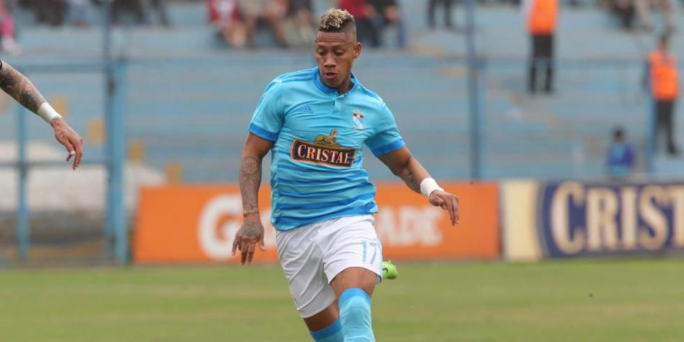 El jugador se sumará a la lista de peruanos en la Liga MX y jugará junto a Raúl Ruidíaz.