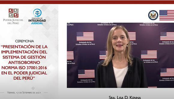 La Embajadora de los Estados Unidos en el Perú, Lisa Kenna, acompañó a la presidenta del Poder Judicial, Elvia Barrios, en una ceremonia virtual para celebrar la certificación del ISO 37001.