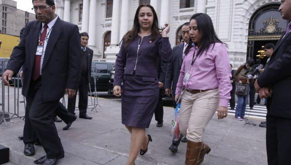 Líos de sangre. Las soluciones planteadas por Marisol Espinoza no han convencido a su familia. (César Fajardo)