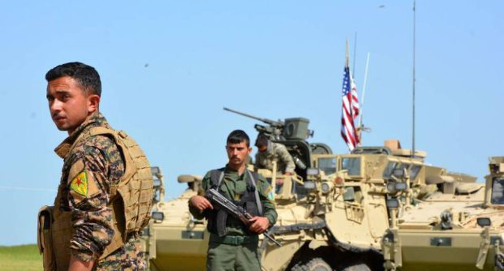 Las milicias kurdas se hicieron con el control total de Hayín este jueves, después de cruentos combates contra los yihadistas, que se han retirado del lugar. (Foto: EFE)