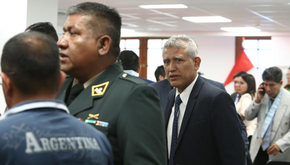 En la mira. Ministro recibió a uno de los cabecillas del grupo de aniquilamiento, sobre quien pesa un pedido de prisión preventiva. (Foto: ALESSANDRO CURRARINO / GEC)