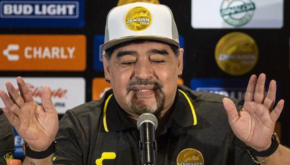 Diego Maradona dejó en el aire a un arquero argentino, luego de llegar al Dorados. (Foto: AFP)