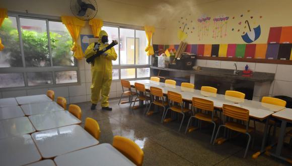 El Gobierno de Amazonas informó que ha invertido unos 10 millones de reales para readaptar los colegios a la pandemia de COVID-19. (Foto referencial/EVARISTO SA/AFP)