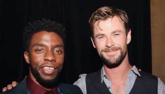 """emsworth, quien dio vida a 'Thor' Universo cinematográfico de Marvel, se despidió con un emotivo mensaje de Chadwick Boseman, protagonista de """"Black Panther"""". (Foto: Instagram Chris Hemsworth)"""