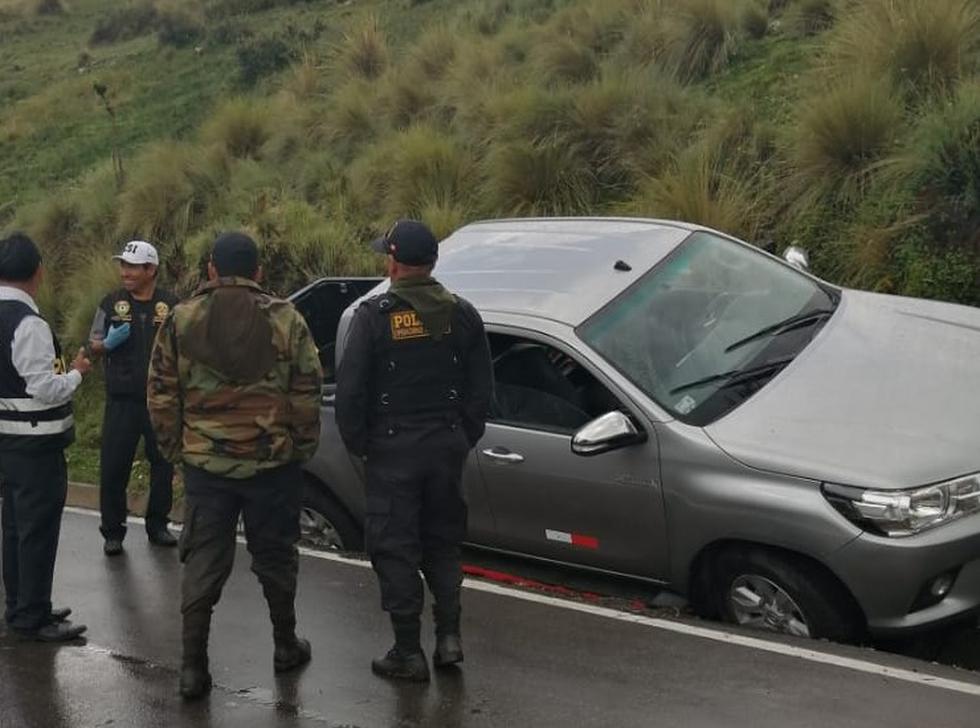 Paquetes con droga tipo ladrillo estaban acondicionados en camioneta. (PNP)