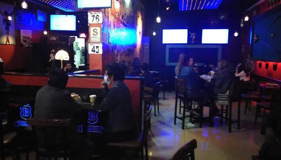 Junín: intervienen a 38 personas al interior de un bar que atendía a puertas cerradas (Foto: Municipalidad Provincial de Huancayo)