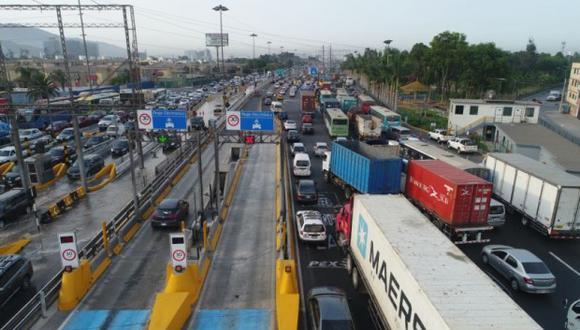 La Municipalidad de Lima y el Consejo Metropolitano tienen que tomar una decisión sobre los polémicos contratos el lunes. (Foto: GEC/Archivo)
