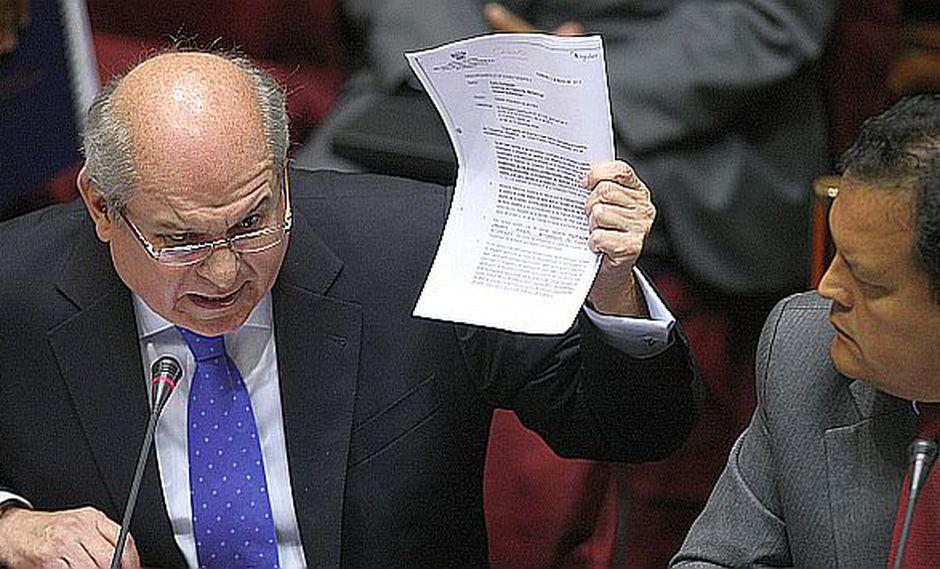 Pedro Cateriano disparó contra los apristas en el Congreso. (USI)