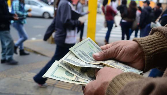 El tipo de cambio cerró al alza el miércoles. (Foto: Andina)