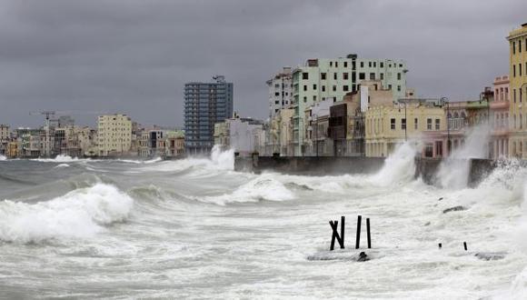 Costa de La Habana, Cuba, azotadas por 'Isaac'. (Reuters)