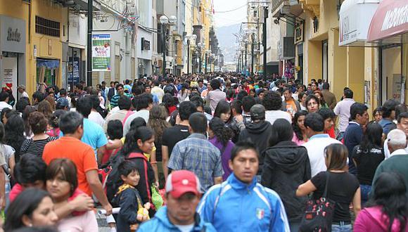 El INEI estima que, al 30 de junio próximo, la cifra de habitantes se elevaría a 8\'755,262. (USI)
