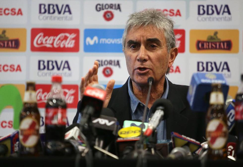 9.- Juan Carlos Oblitas anunció que se reunirá con Ricardo Gareca en Lima y tendrá la misión de convencerlo para que se quede en la Selección Peruana.(Foto: FPF)