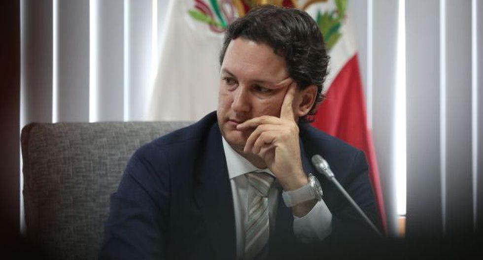 En silencio. Salaverry prefirió no opinar sobre avance del trabajo. (Anthony Niño de Guzmán/Perú21)