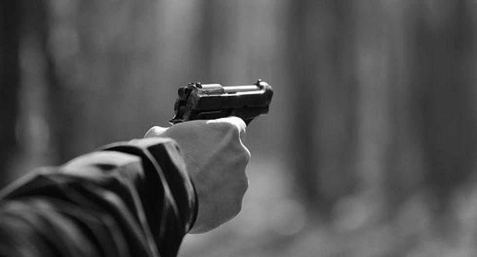 El agente del orden se encontraba entre los pasajeros y sacó su arma en defensa de los usuarios del servicio de transporte e inició la balacera. (Referencial/Getty)