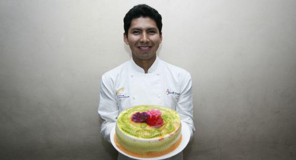 Prepara tortas temáticas hechas de gelatina. (USI)