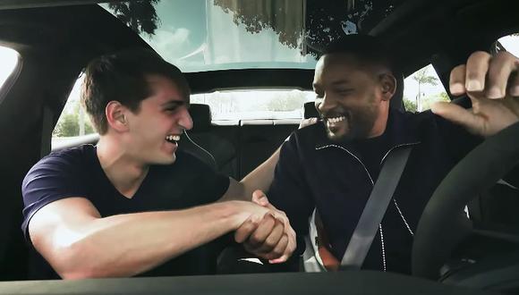 Will Smith se hizo pasar como conductor de taxi por aplicativo y sorprendió a usuarios. (Foto: Captura)