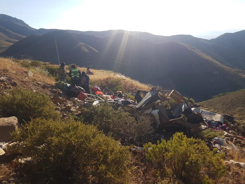 Tacna: vehículo se despista y cae a barranco con al menos 13 pasajeros | FOTOS