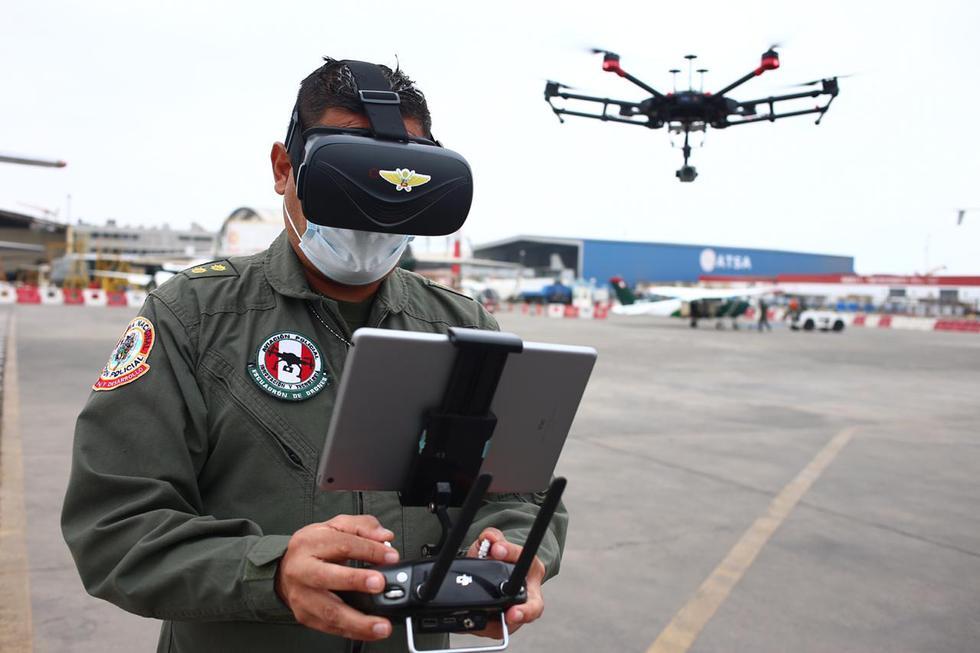 La PNP cuenta con un moderno escuadrón de drones para enfrentar a la delincuencia. (Fotos: Hugo Curotto)