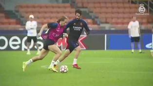 Disfruta del entrenamiento del Real Madrid en Milán