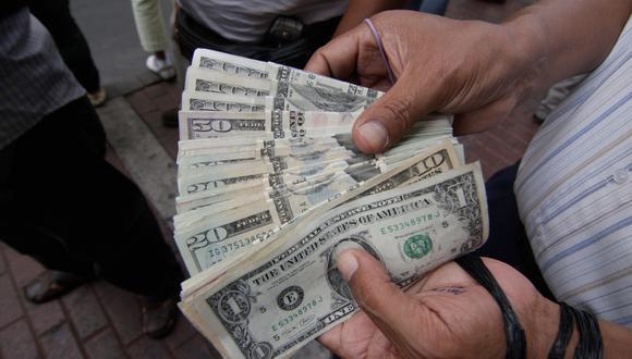 El dólar anotaba un alza de 0.30% en la sesión cambiaria de hoy. (Foto: GEC)