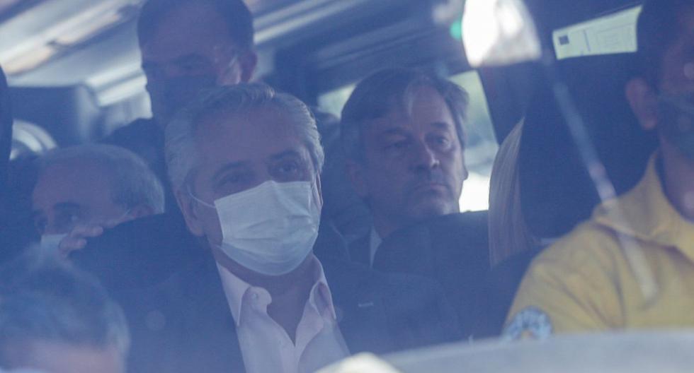 Imagen del presidente de Argentina, Alberto Fernández, en la provincia de Chubut, el 13 de marzo de 2021. (REUTERS/Matias Garay).