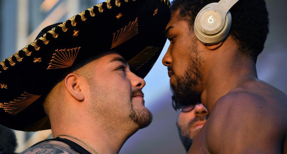 Anthony Joshua sube al ring para intentar recuperar sus tres cinturones de los pesados ante el nuevo rey Andy Ruiz Jr., que lo destronó hace seis meses. (Foto: AFP)