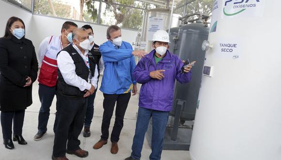 A la entrega de la planta asistieron el ministro de Transportes Eduardo González y el director del Proyecto Legado Alberto Valenzuela. (Foto: Difusión)