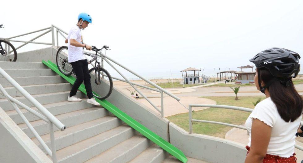 El objetivo es que las bicicletas se deslicen y así facilitar su desplazamiento, evitando así que los ciclistas tengan que cargarlas. (Municipalidad de Magdalena)